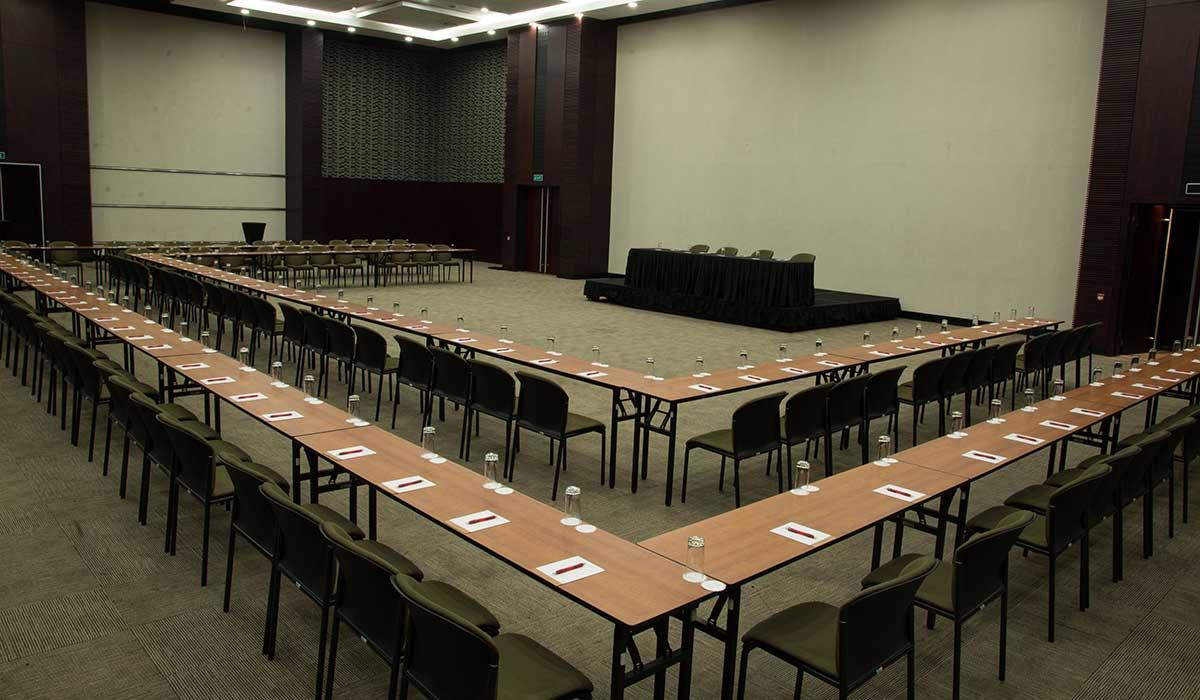 Conference Facilities El International Convention Centre