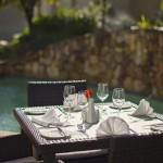 Midrand-Pool-side-dining
