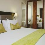 Midrand-suite-bedroom