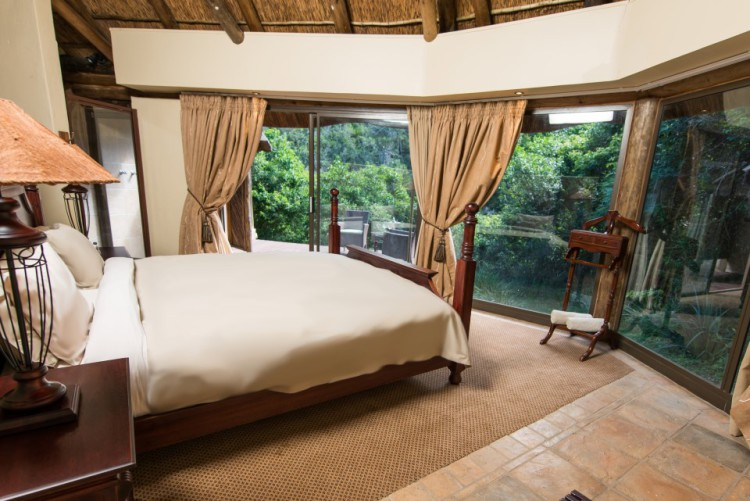 Mpongo River Lodge Chalets