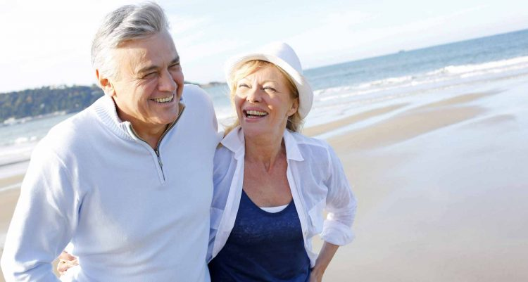 happy-pensioners-holiday-image