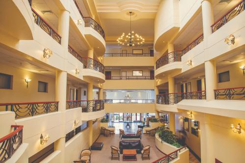 PH Regent - Interior