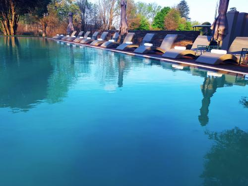 PR Sani Pass - Pool