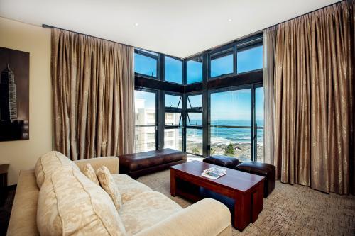 Premier Hotel Cape Town - Suite Lounge